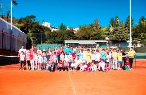 Polaznici škole tenisa, takmičari i treneri